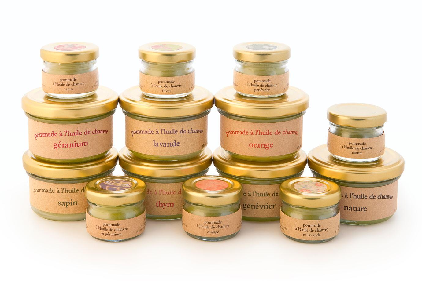 Cosmétique Canna d'Oc : les pommades à l'huile de chanvre, nature ou avec adjonction d'huiles essentielles.